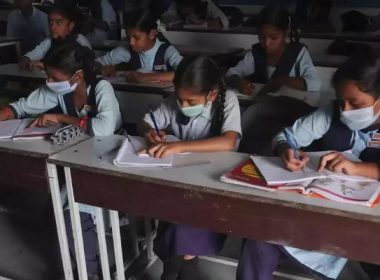 students can take mask on board exam